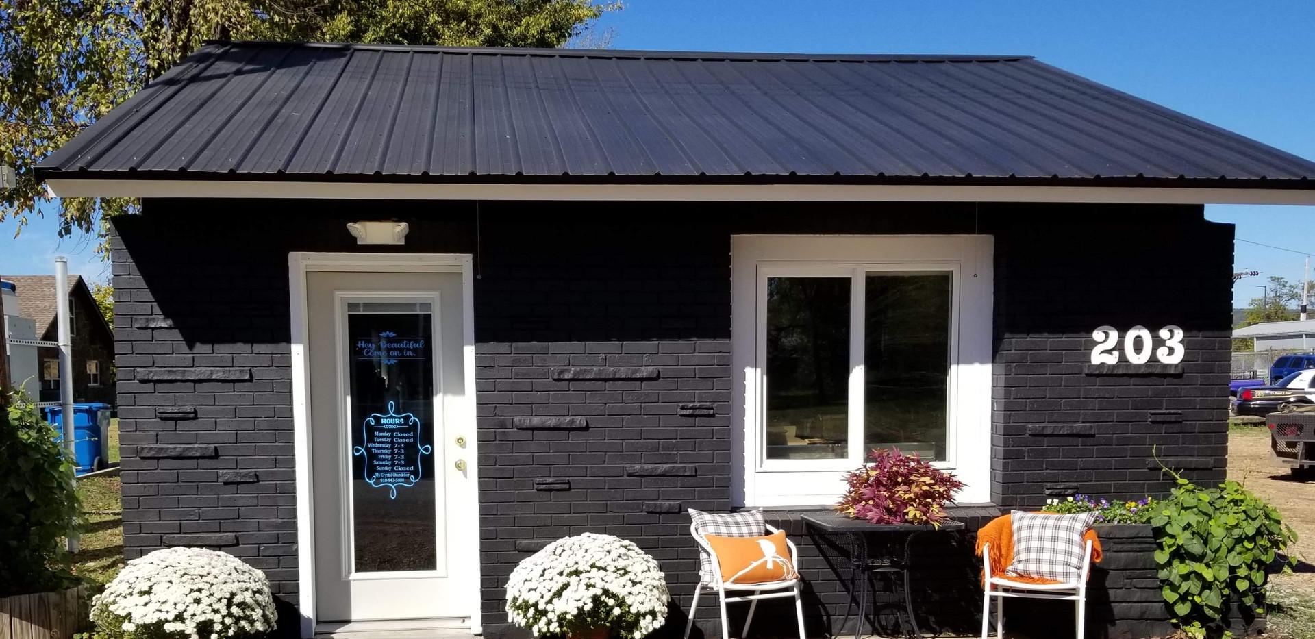 My Crystal Chandelier Coffee House & Gif
