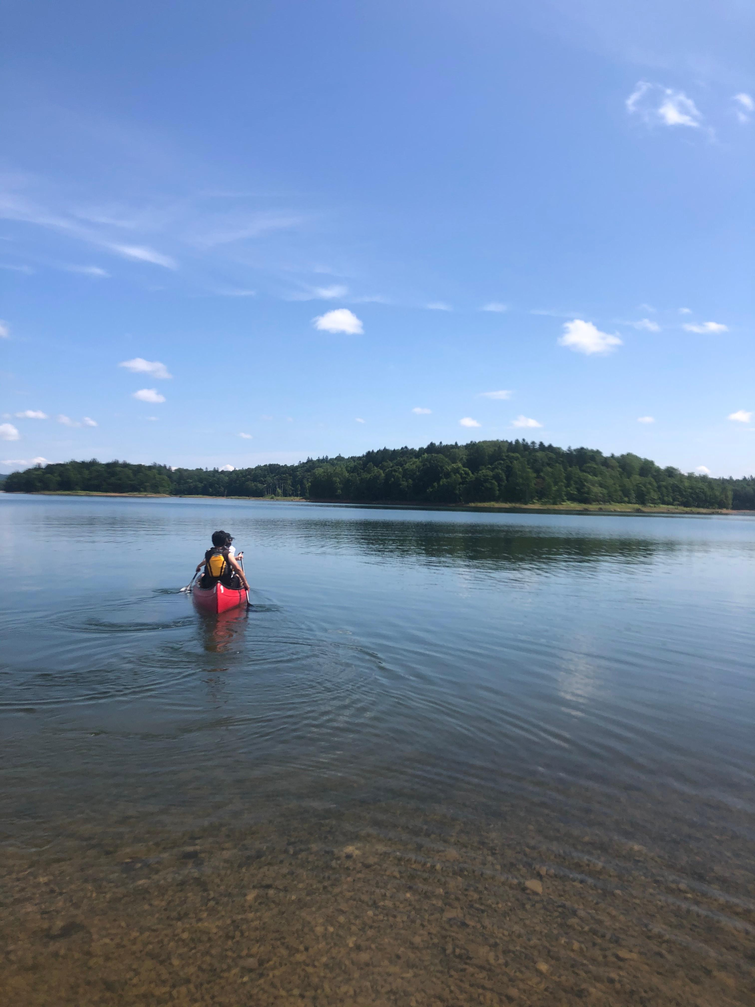 湖でカナディアンカヌー (1時間)