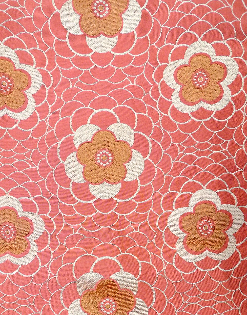 Yae-Ume motif japonais de fleurs de prunier