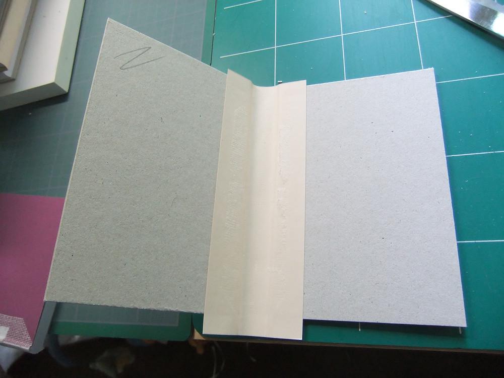 montage de la couverture d'un livre