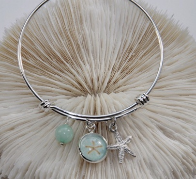 Starfish Pendant Bangle