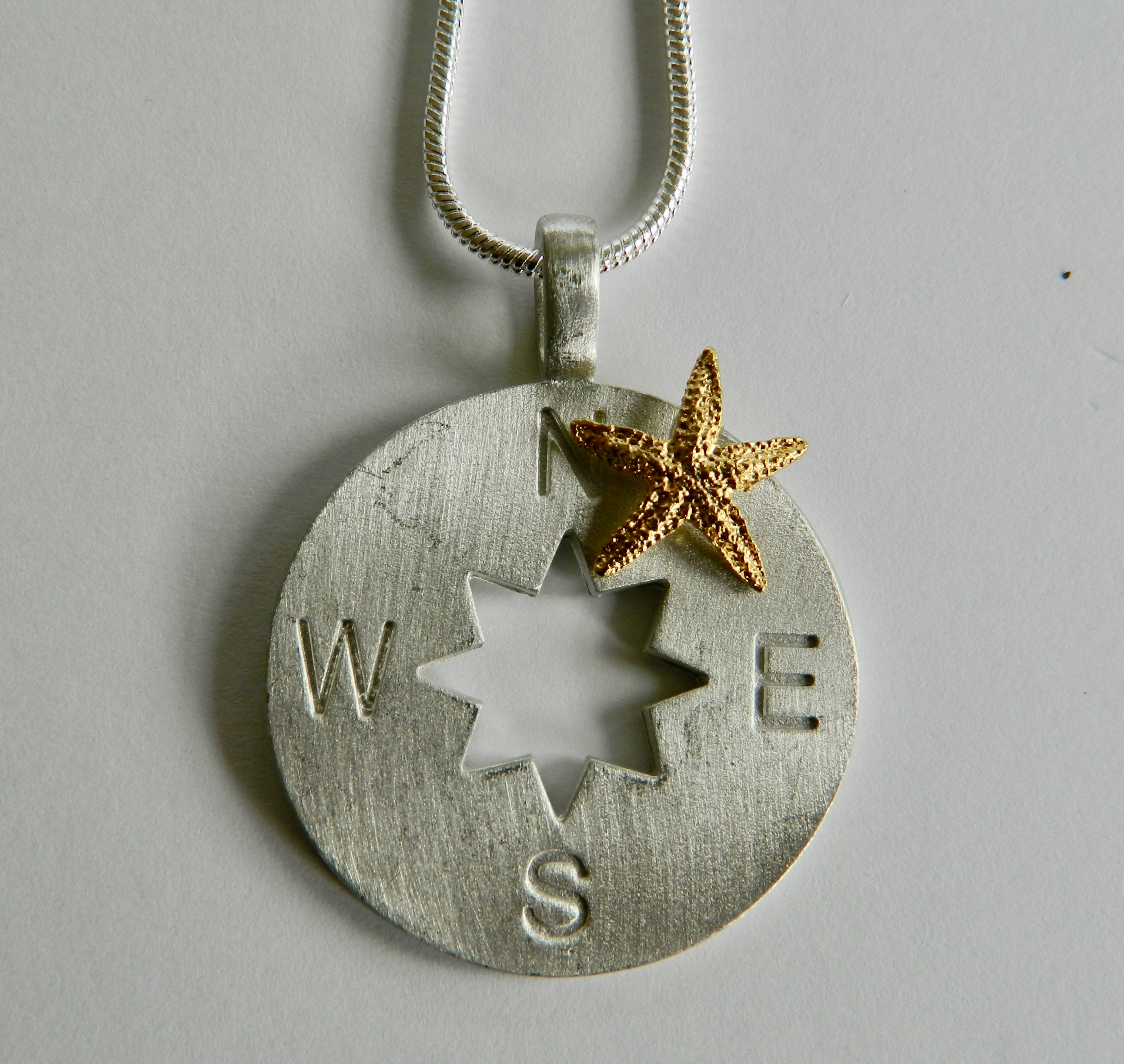 Compass Rose w/Gold Plate Starfish