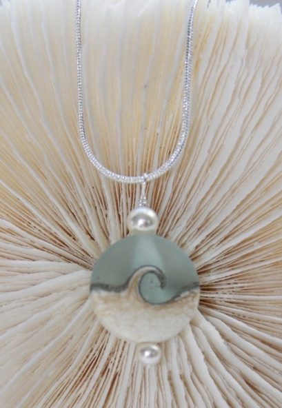 FP 916 Seafoam Wave Necklace