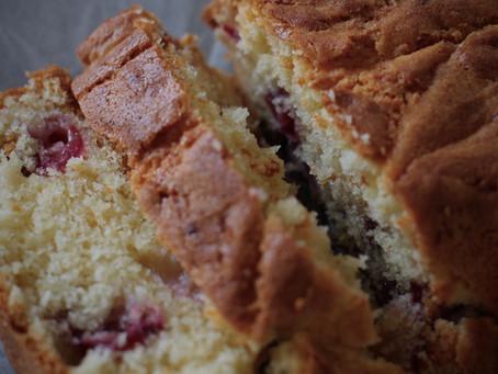 Toccare il fondo | plumcake alle ciliegie