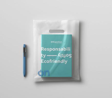 Book-Transparent-Foil-Bag-Mockup.jpg