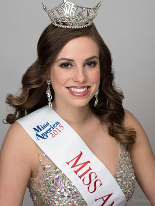 Julia McCurdie   Miss Anaheim 2015