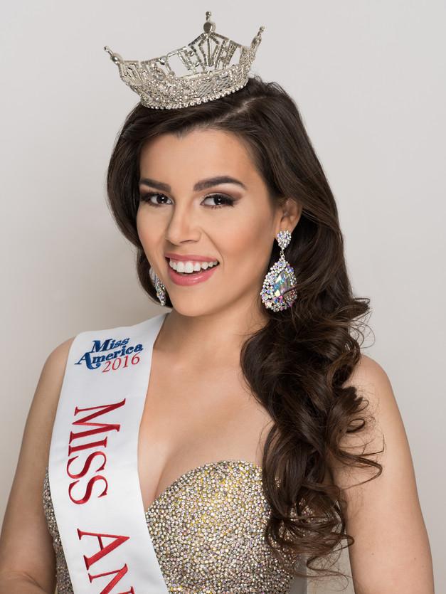Victoria Johnson | Miss Anaheim Hills 2016