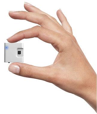 hand holding airconet.jpg