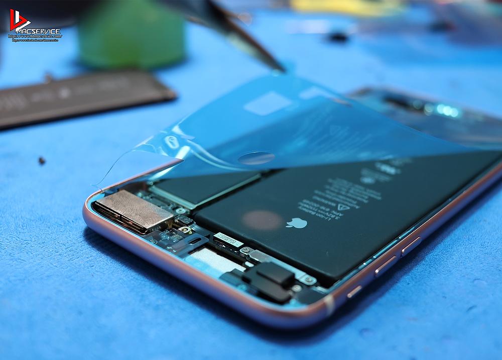 เปลี่ยนแบตเตอรี่ iphone