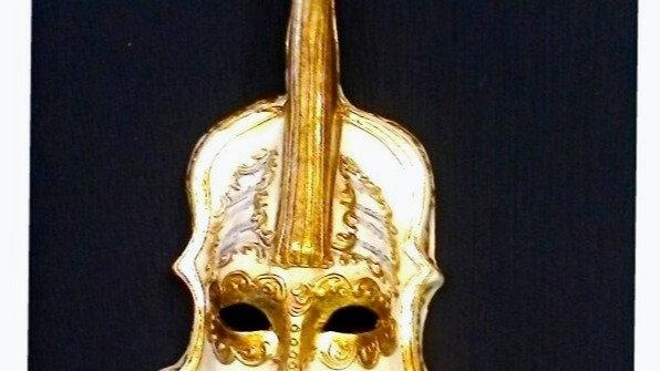 Violino decoro stucchi in foglia oro e musica