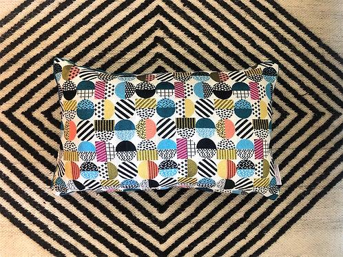 Memphis cushion
