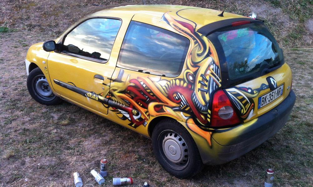Clio 3D 2012