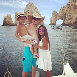 Family time on Cabo Blue 🏖#caboblueboat