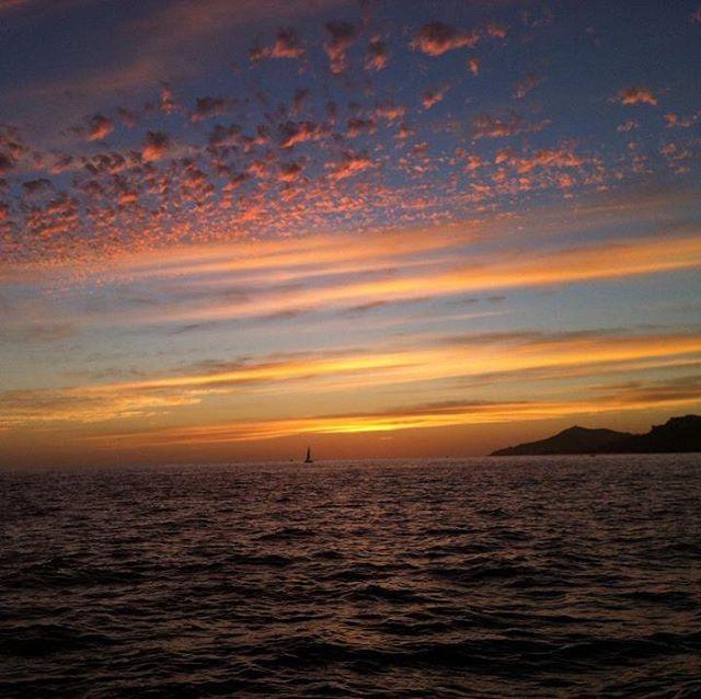 Sunsets on the beautiful ocean #sunsetin