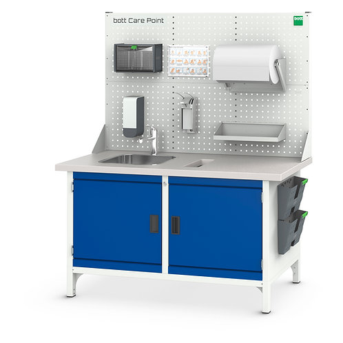 Cubio Care Point Bench Station 1500 x 670 x 1800mm