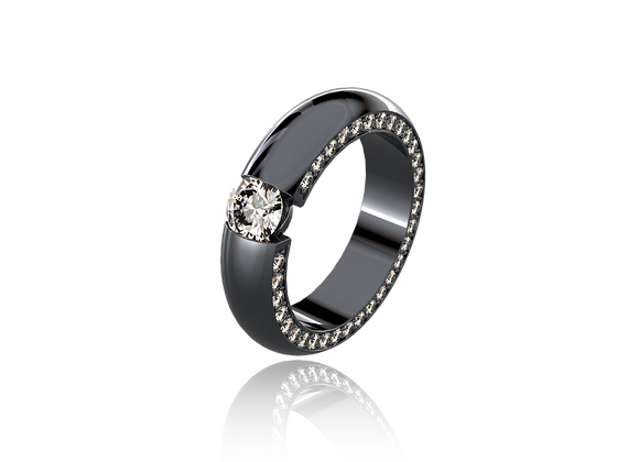 Bague sertie tension or, diamants et rhodiage noir