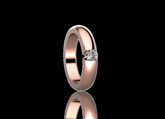 Bague sertie tension or et diamant
