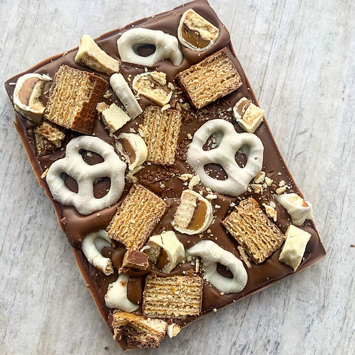 Tunnocks Wafer, White Twix, fudge pretzels – Slab