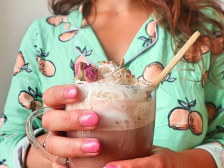 RECEPT: roosjeschocolademelk (ultieme self-care!)