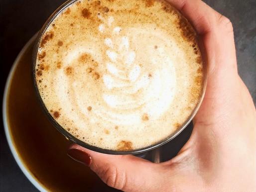 Waarom cafeïne jammer genoeg niet altijd een goed idee is en 5 koffie-alternatieven