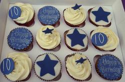 blue cupcakes