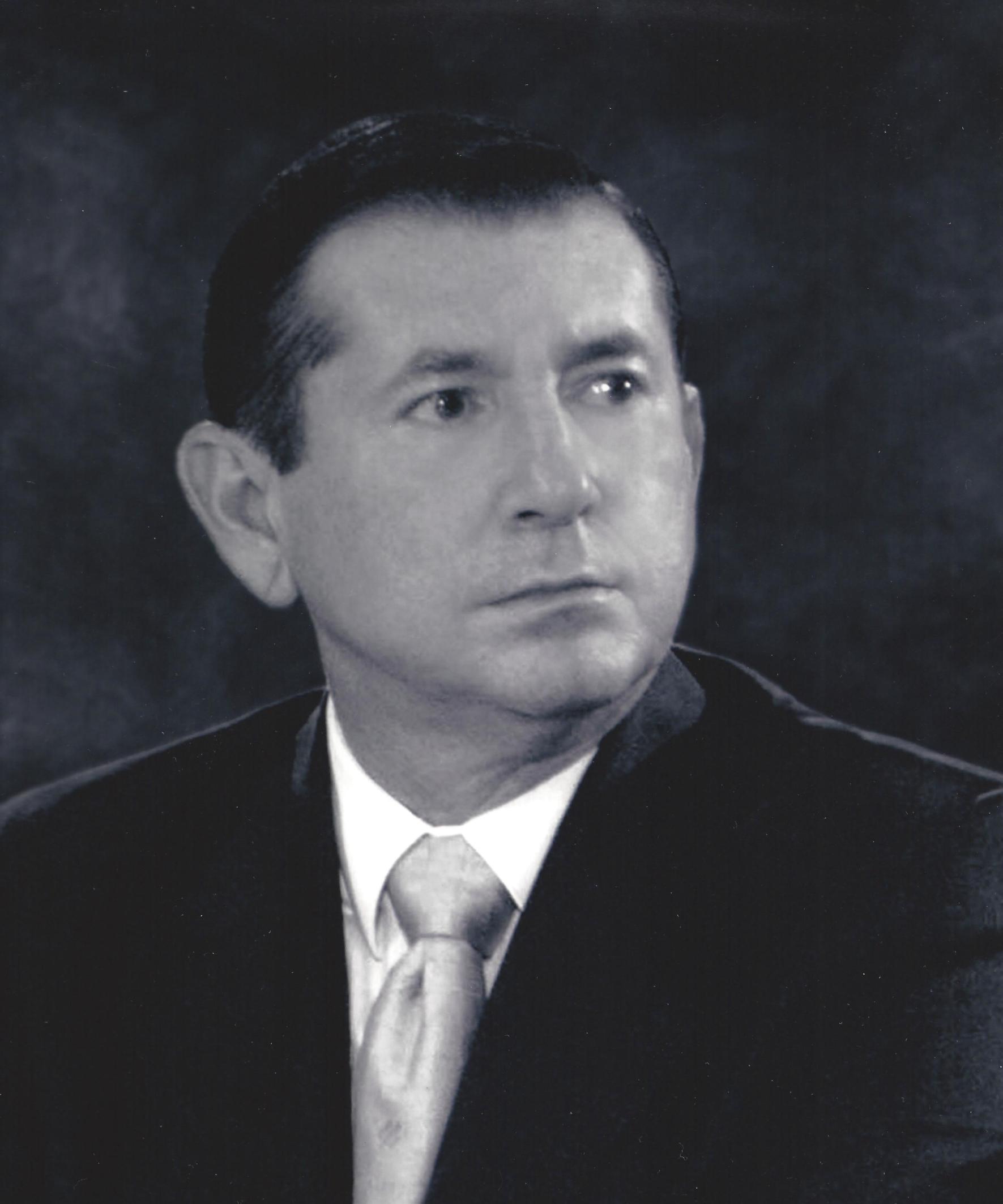 C.P. CARLOS ZEFERINO TORREBLANCA GALINDO