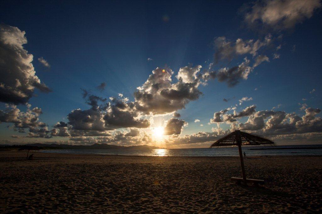 夕日ヶ浦の日鏡