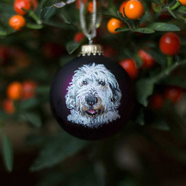 custom-pet-portrait-christmas-bauble.jpg
