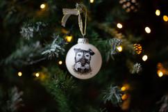 dog-pet-portrait-bauble-christmas.jpg
