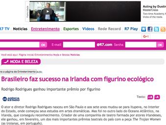 Brasileiro faz sucesso na Irlanda com figurino ecológico  Rodrigo Rodrigues ganhou importante prêmio