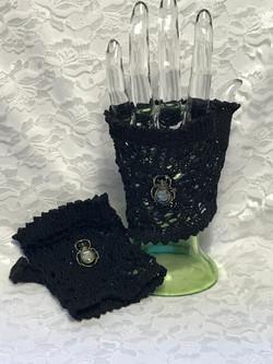Black Fingerless Lace Wristlets