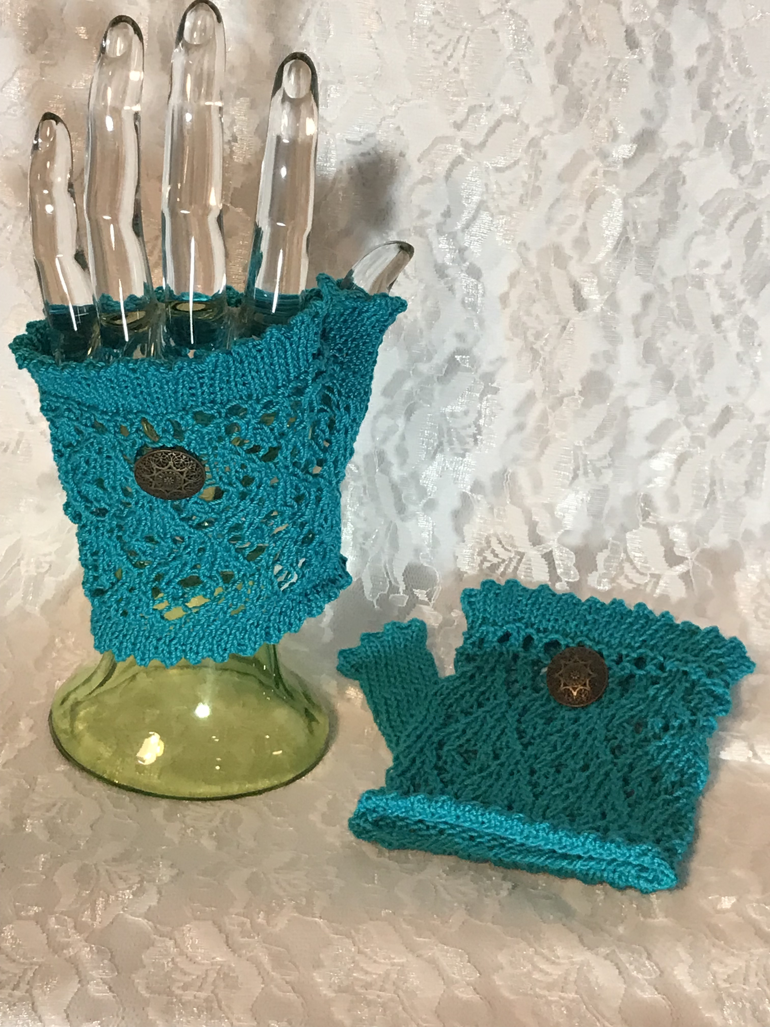 Turquoise Fingerless Lace Wristlets
