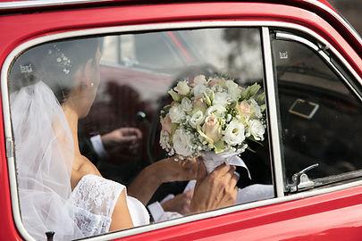 Arrivée des mariés par Marie Hervé, photographe