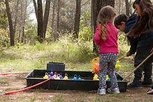 Jeux d'enfants et pêches aux canards