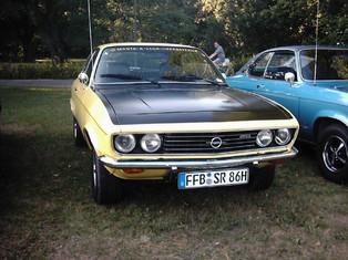 """Michi´s gelber """"SR"""" rollte 1971 in Bochum als Luxusvariante vom Band. Heute so glanzvoll wie damals."""