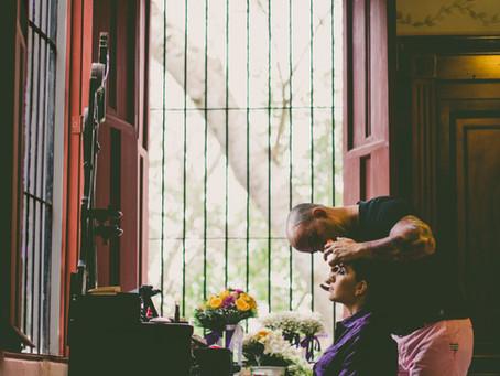 ¿Cómo encontrar al mejor maquillista para tu boda?
