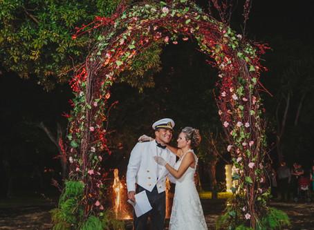 ¿Cómo decorar tu arco de bodas?