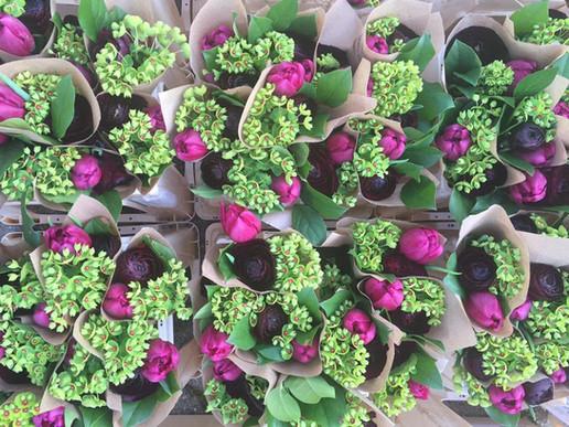 Bouquet frais de fleurs coupées06747651347_255386460175121