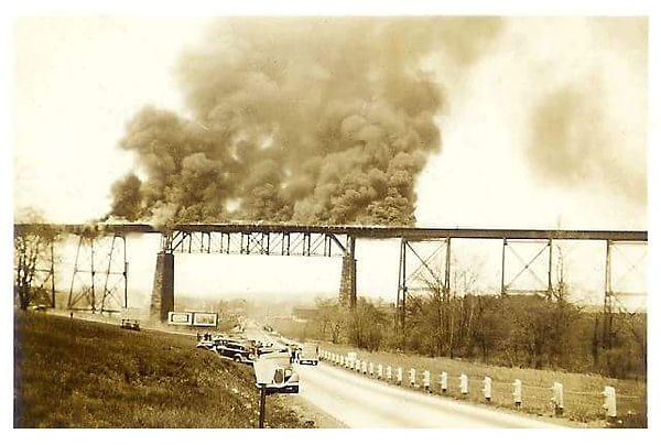 Trestle Bridge Fire 1937.jpeg