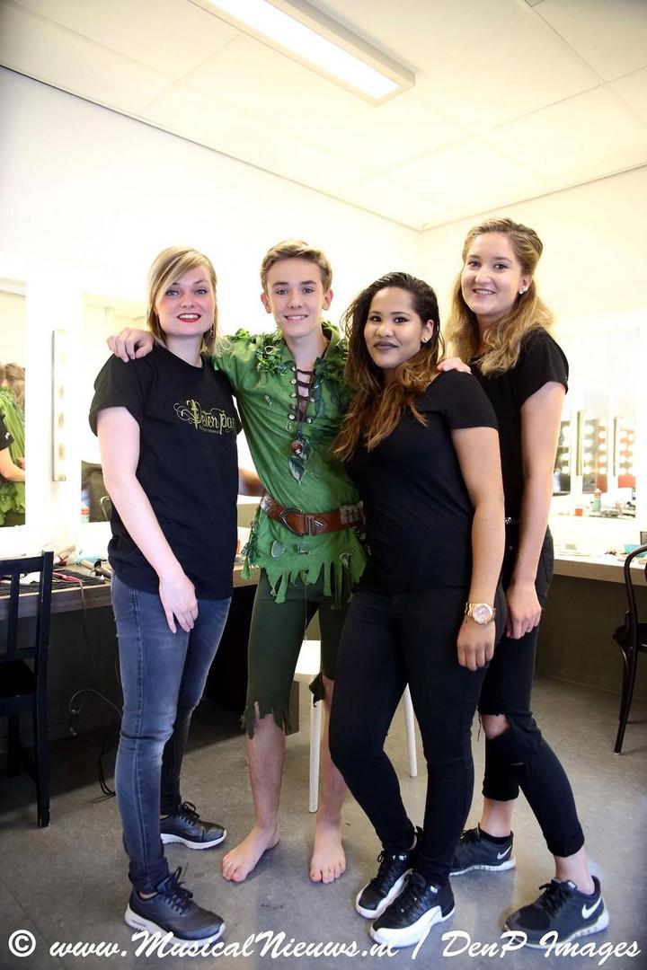 Peter Pan musical, backstage