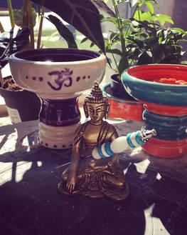 Peace Pokers x Stone Hookah Bowls 👀✨👌🏽#StoneHookahBowls  #ImitatedNotDuplicated #Art #ArtistCollection #Shisha #HookahBowls #STONEware #Hook