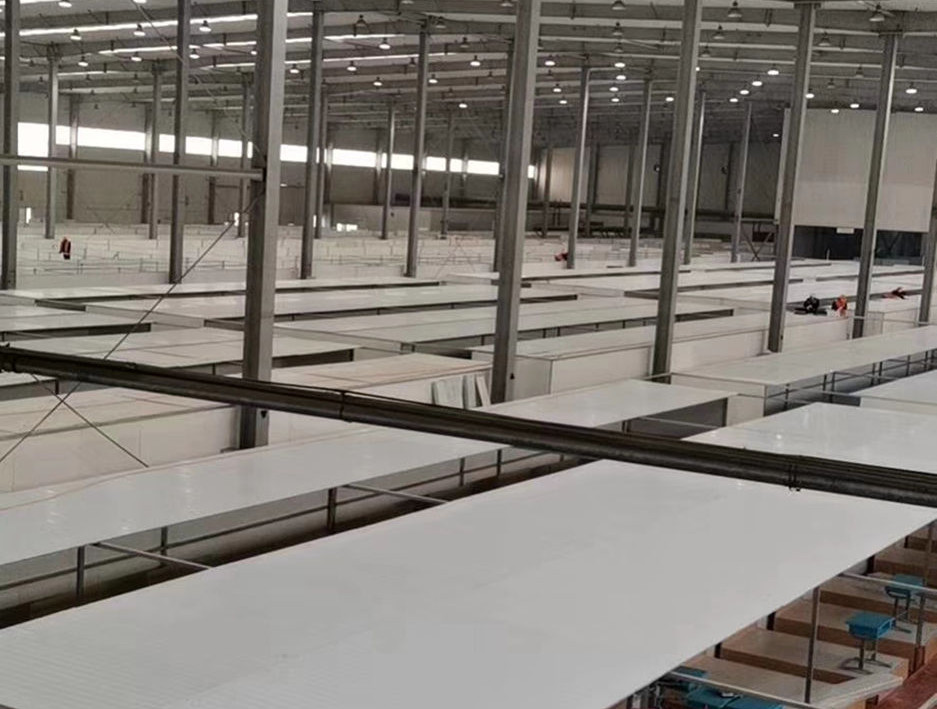 sandwich panel for isolation center