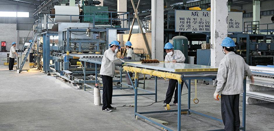 sandwich panel manufacturing