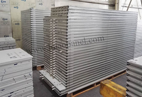 sandwich-panel-with-pvc-tube