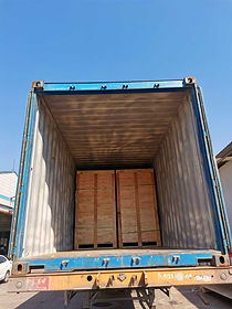 hinged-steel-door-container-loading.jpg