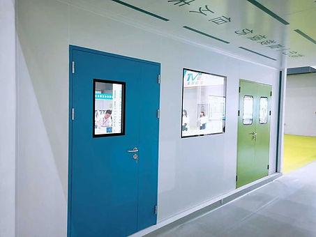 china clean room door supplier