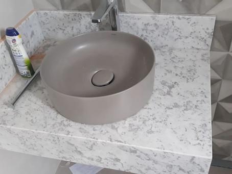 Branco Paraná é um mármore ou granito?