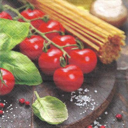 Spaguetti, tomatos