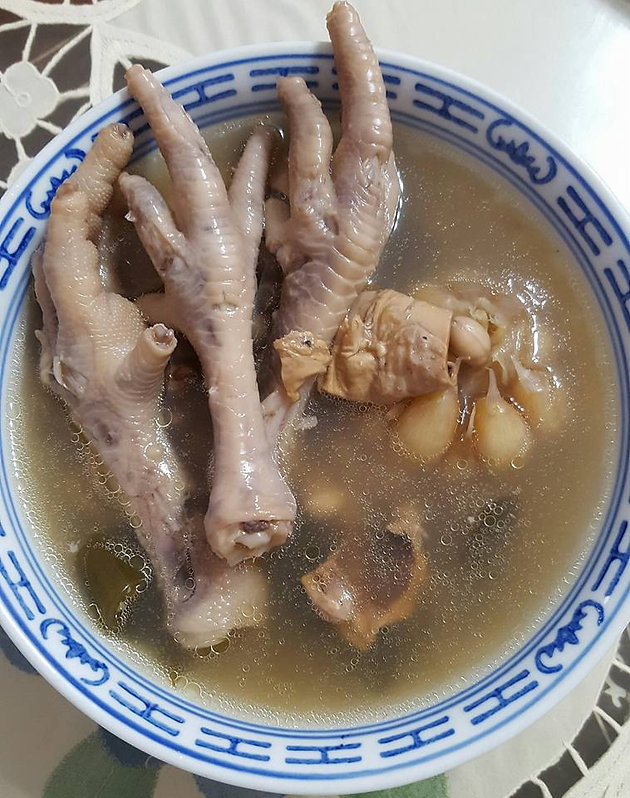 Peanut And Chicken Feet Soup Soh Kitchen All Singaporean