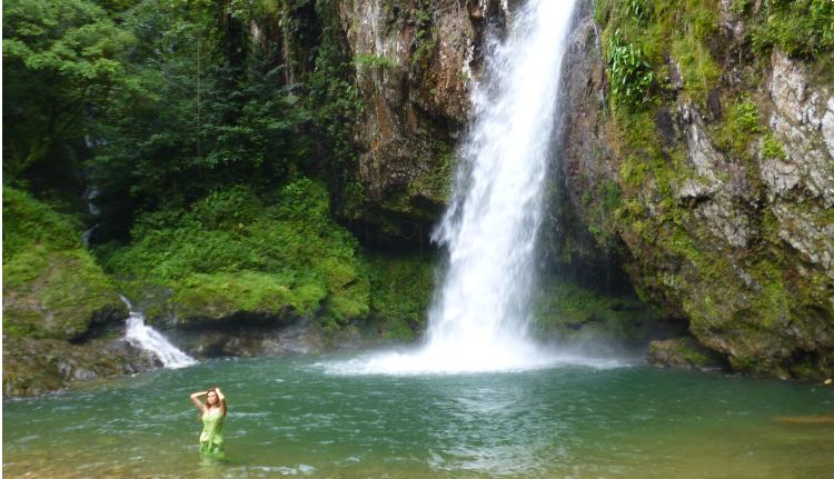 2 Cascada las Brisas.png